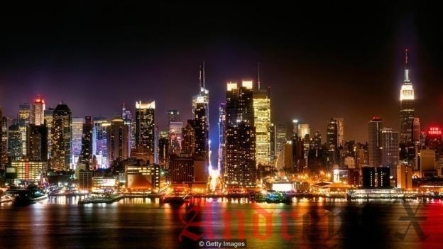 Плотно населенный остров Манхэттен является родиной современного небоскреба