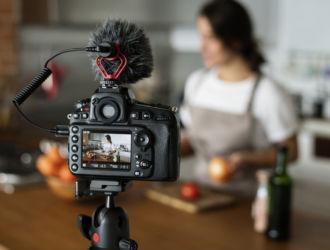 10 лучших камер для ведения блогов и влогов в 2019 году. Лучшие камеры для видеоблогов